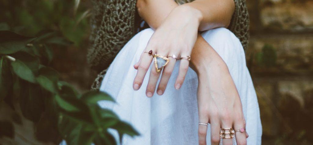 μοντέρνα κοσμήματα